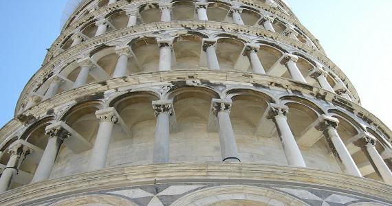 Particolare della Torre di Pisa
