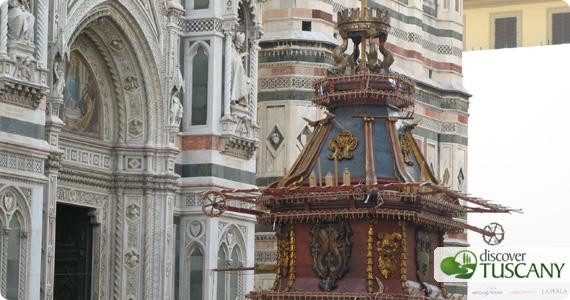 Scoppio del Carro in Piazza Duomo Firenze