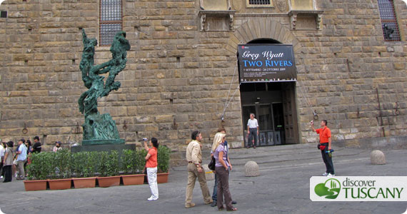 Wyatt's Two Rivers in Piazza Signoria in Florence