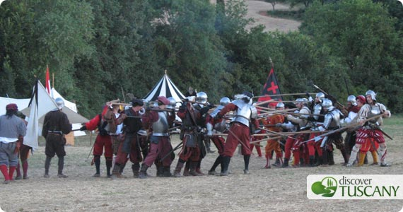 battle revival of siege on Monteriggioni by Florence