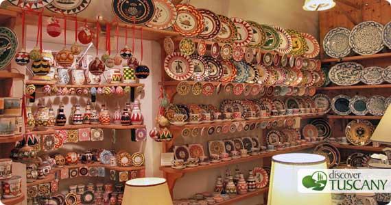 Ceramiche nella Bottega Bianco e Nero