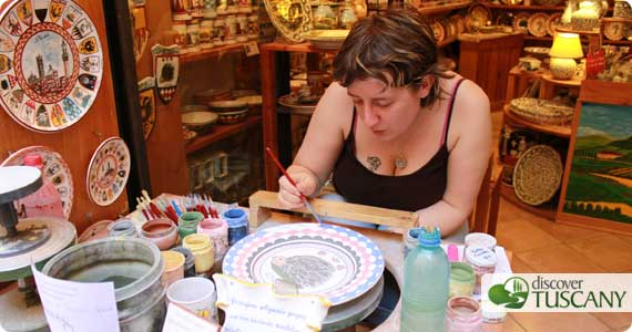 La ceramista Sonia Staccioli