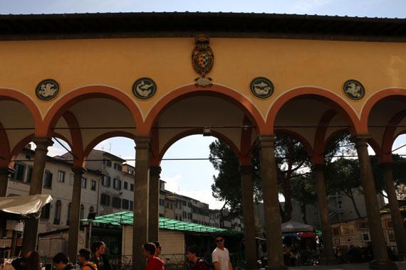 A day exploring florence with conquibus 39 s leonardo for Piazza dei ciompi
