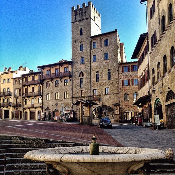 Piazza Grande in Arezzo - photo credit @cinzi80