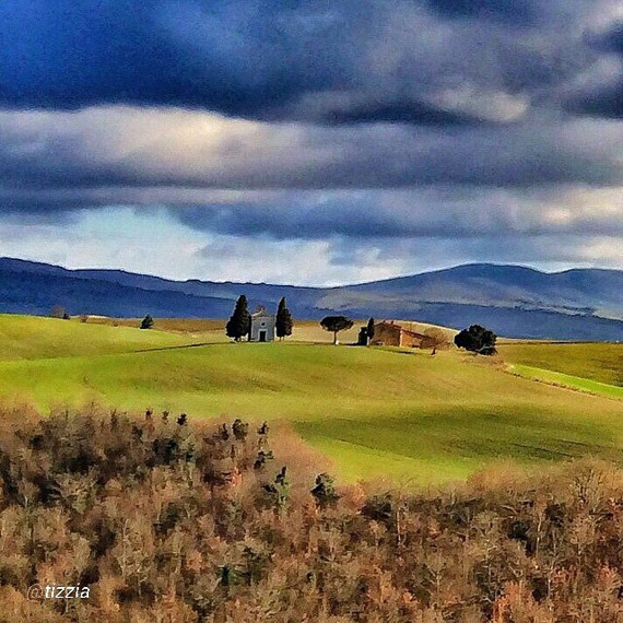 The Chapel of Vitaleta in Val d'Orcia - photo credit @tizzia