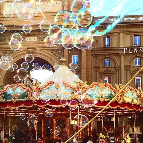 In 2015 Piazza della Repubblica was filled with soap bubbles several times! - photo credit  @silvi.90