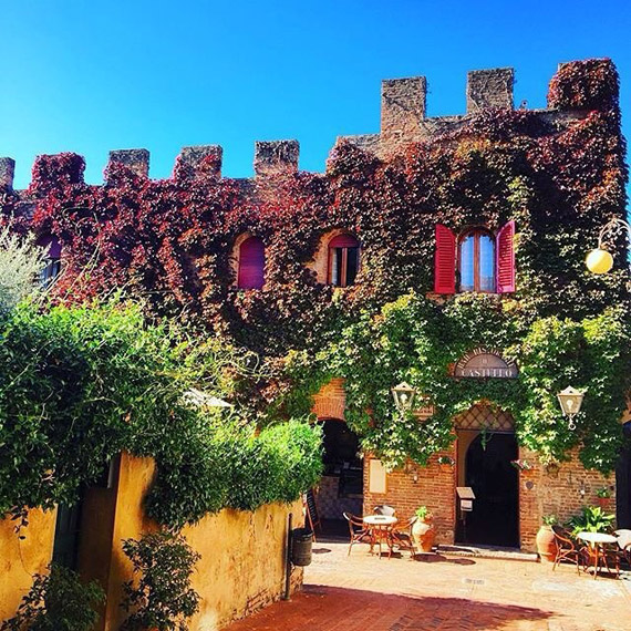 The colors of Autumn shine in Certaldo - photo credit @giacomobertelli