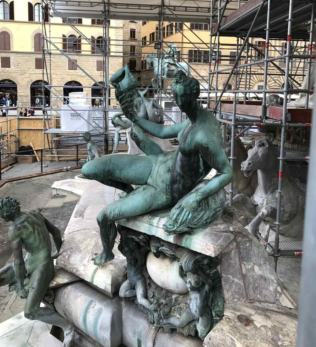 Fontana del Nettuno and bronze water gods by Giambologna