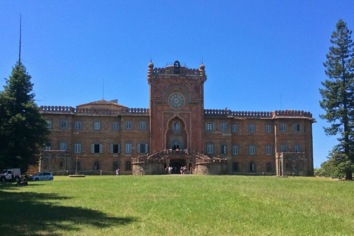 Castello di Sammezzano: A castle in Tuscany to be saved